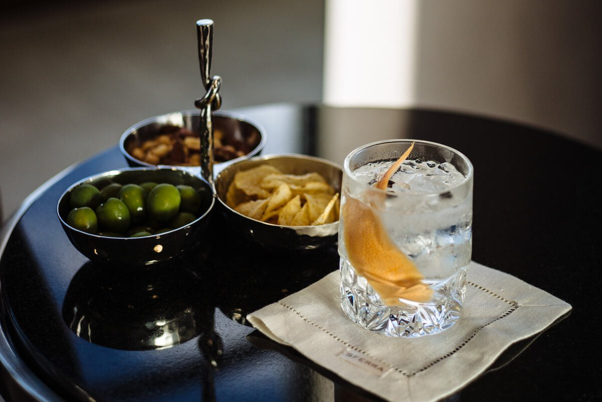 Gin and Tonic cocktail by the taste edit