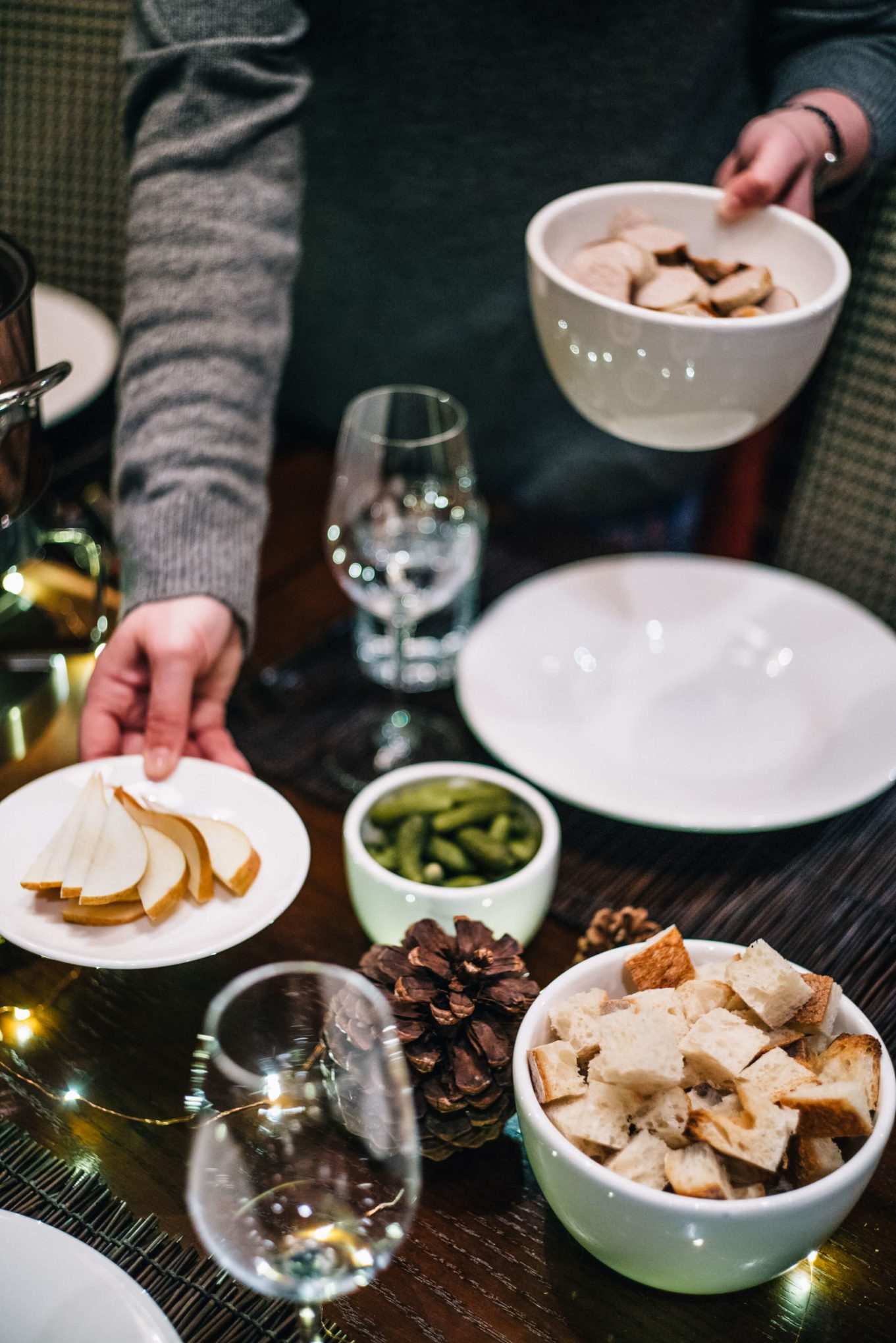 Make your own Apres-ski Fondue Party see how over on the taste edit in tahoe