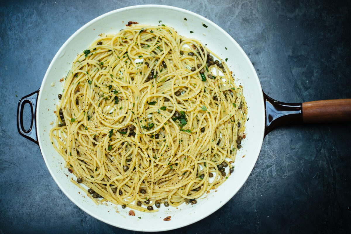 Rustichella spaghetti with anchovies and capers