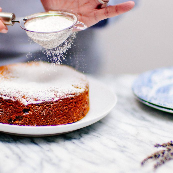 The Taste SF tops the best Summer Nectarine Cake with powdered sugar.