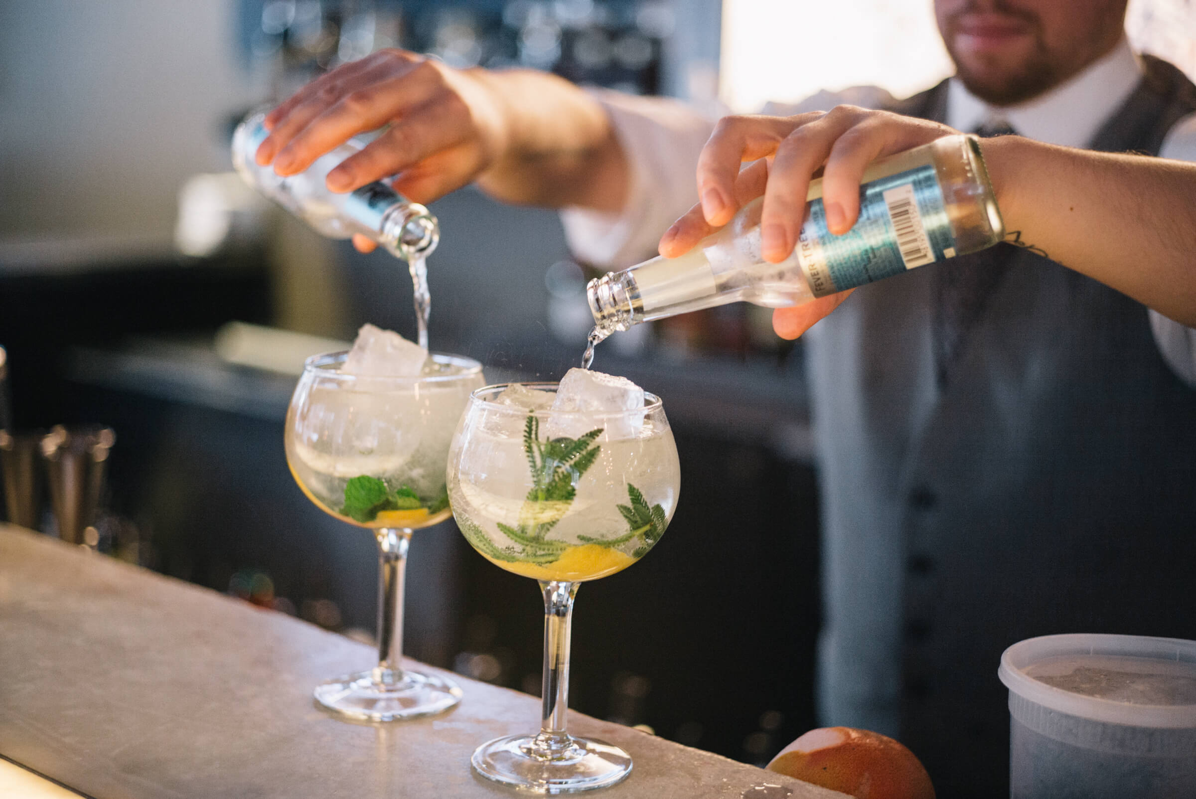 The Taste Edit at Sable Kitchen and bar Spanish-style gin and tonic in Chicago adding fever-tree tonic water
