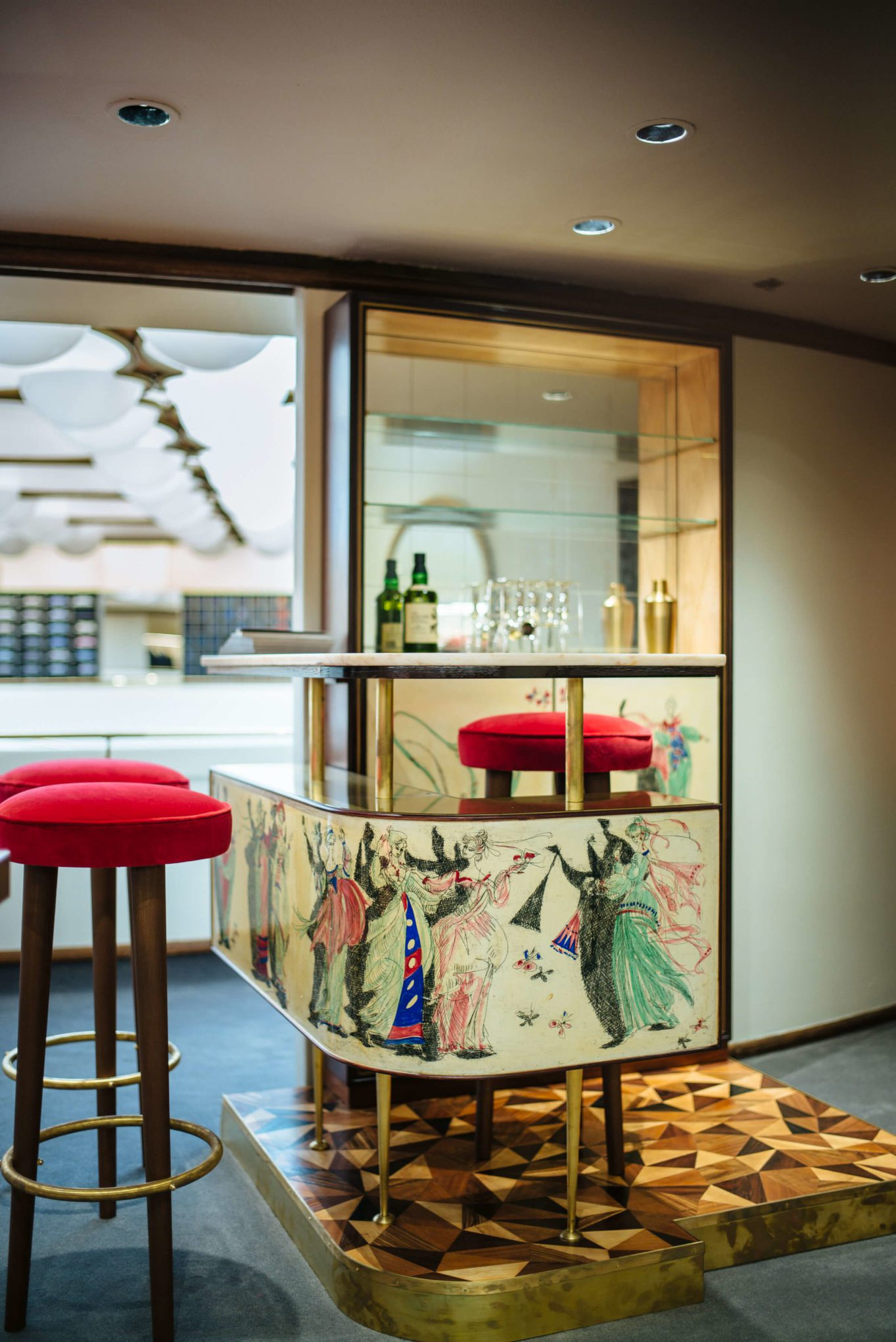 Italian Bar at Isaia San Francisco Store, Neapolitan Isaia suits in the historic VC Morris Frank Lloyd Wright San Francisco, The Taste Edit