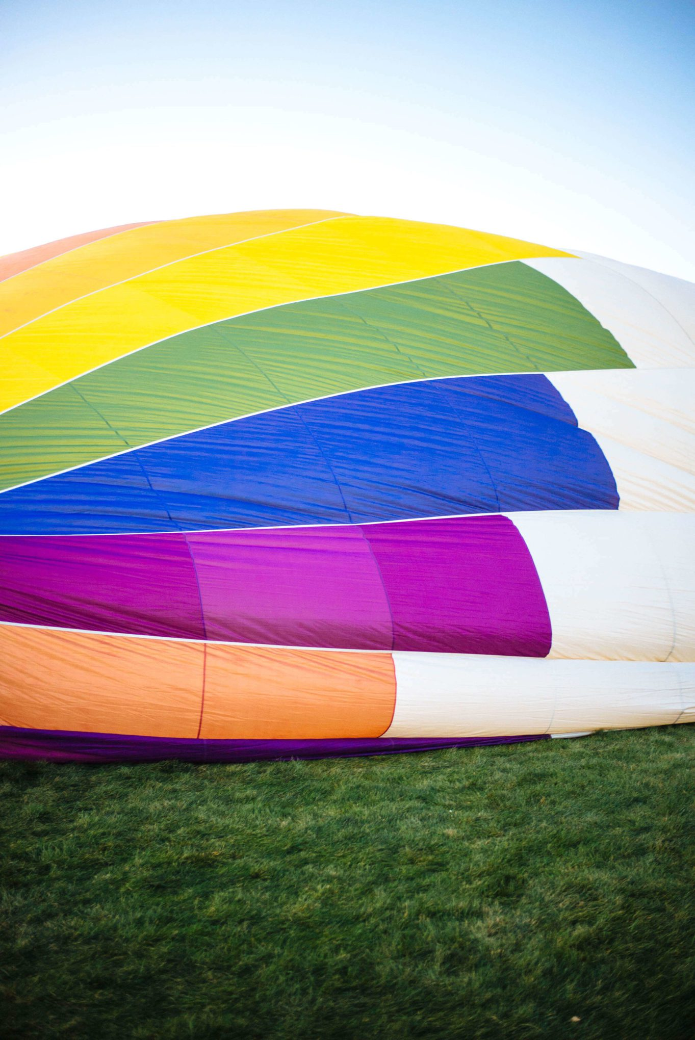 The Taste Edit watches the Albuquerque International Balloon Fiesta inflates balloons.