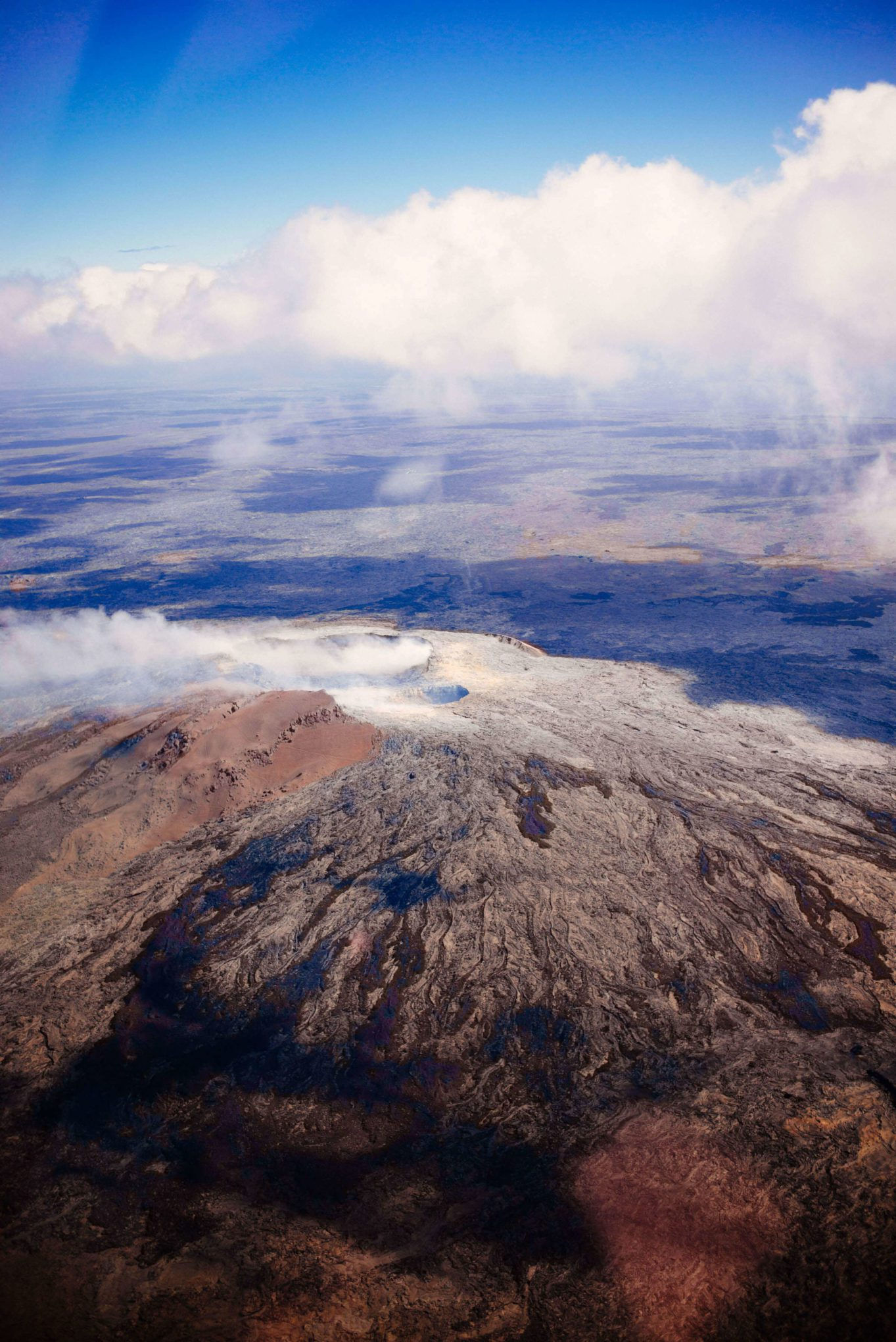 A view from kilauea Volcano from our helicopter on the big island Helicopter tour in Hawaii Kona, The Taste Edit