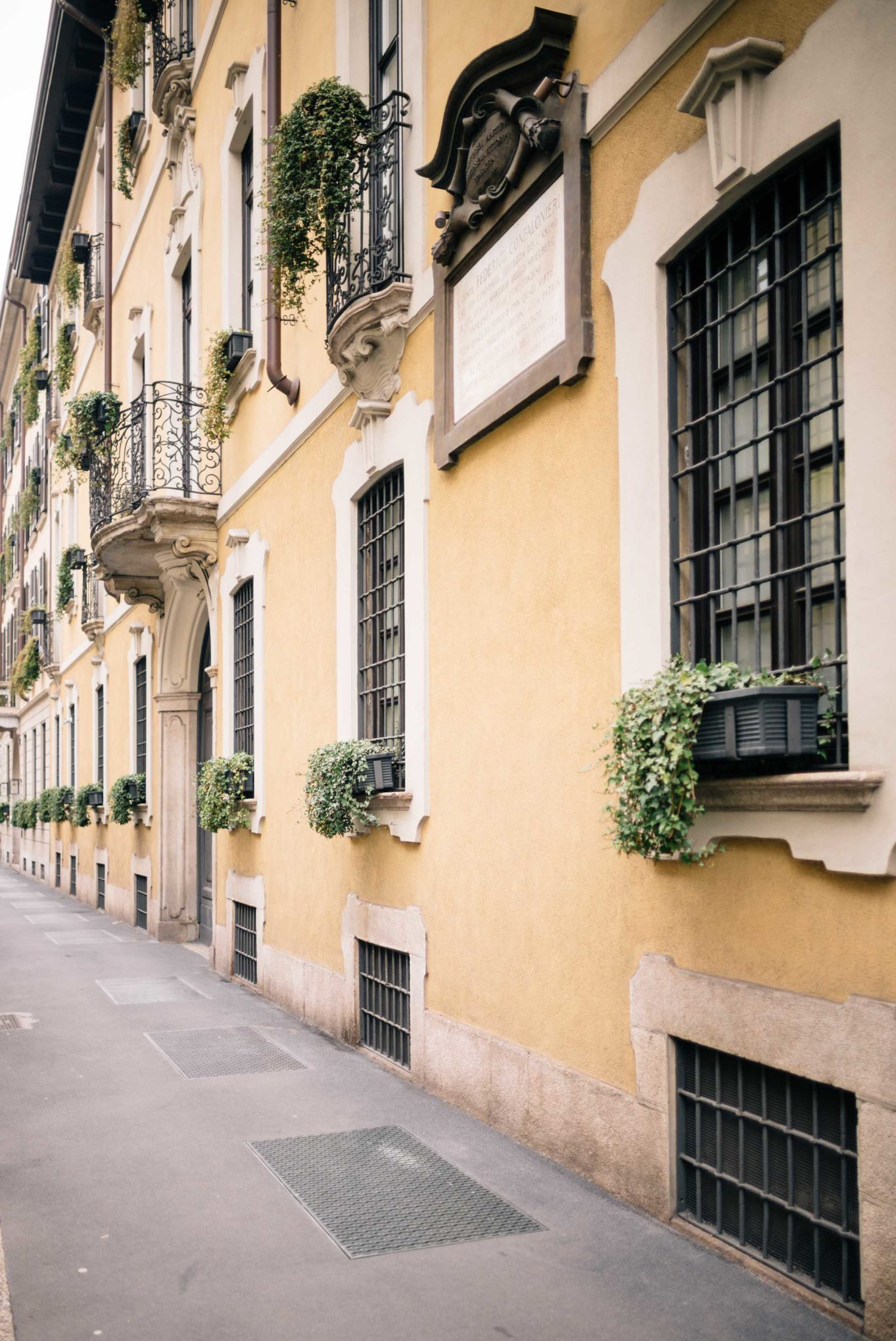 See window boxes with trailing vines - Early morning strolls around Milan, Italy - see a snapshot of Milan for your next vacation, The Taste SF