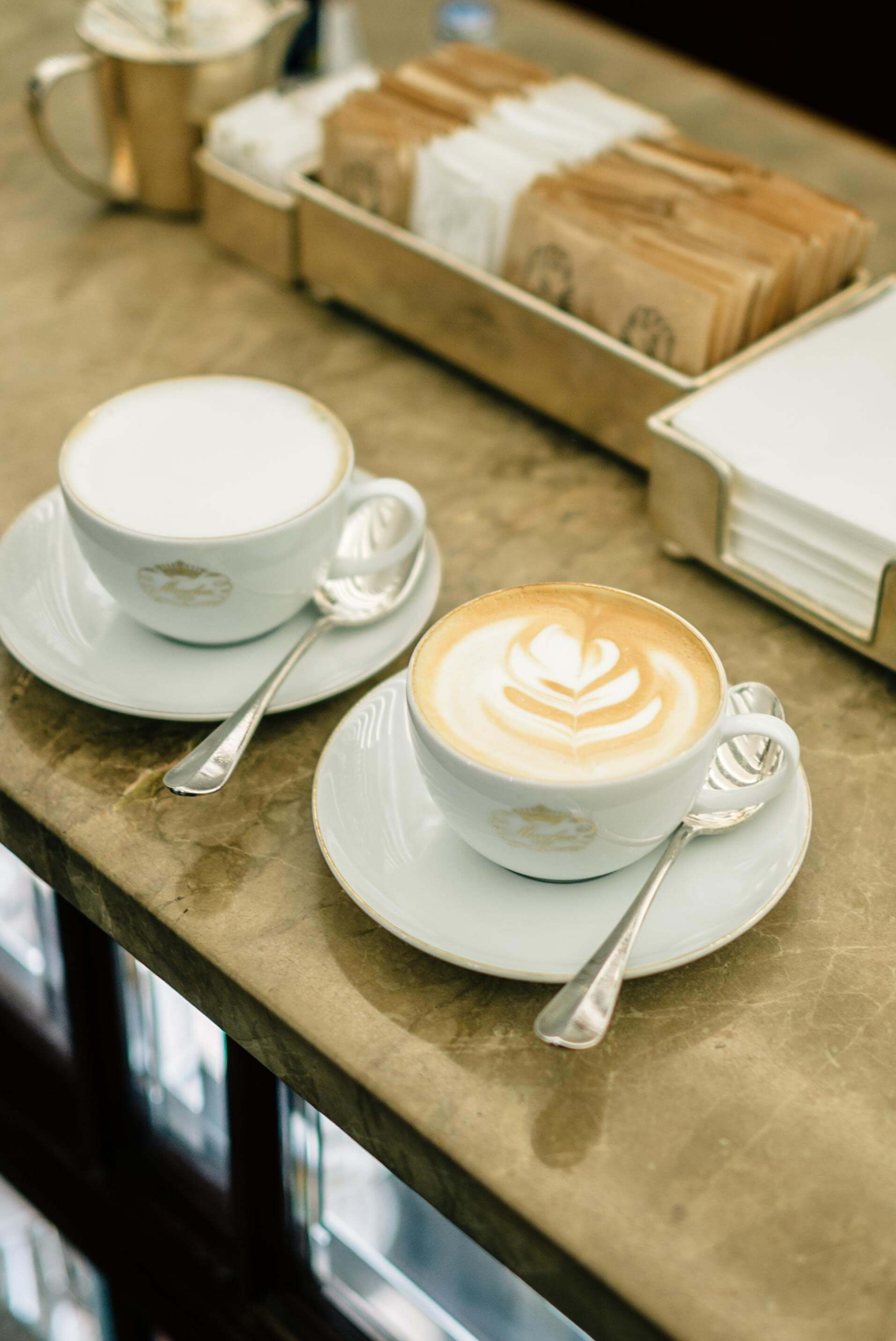 Grab a Cafe while walking around Milan, The Taste Edit
