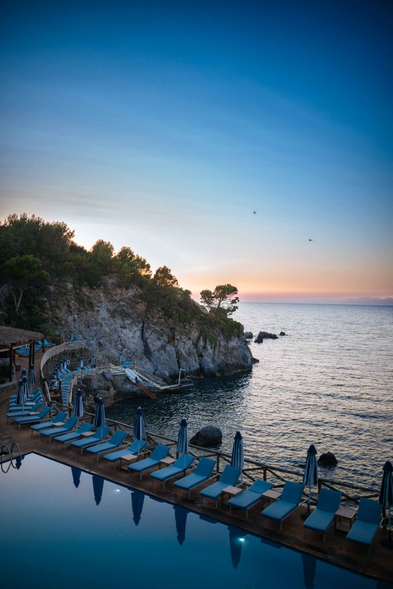 Dinner at the Mezzatorre Hotel's La Torre overlooks the seawater pool and the sea at sunset each evening in Ischia. Photo by The Taste SF, Sarah Stanfield