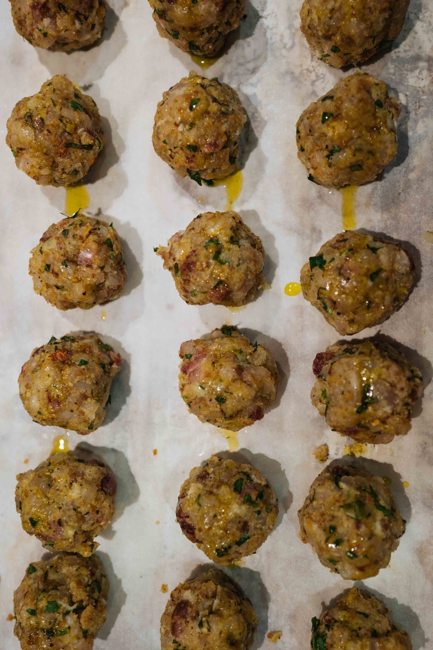 Make your own Sicilian Swordfish Meatballs (Polpette) for a healthy fish dinner. | thetasteedit.com #recipe #meatball #fish