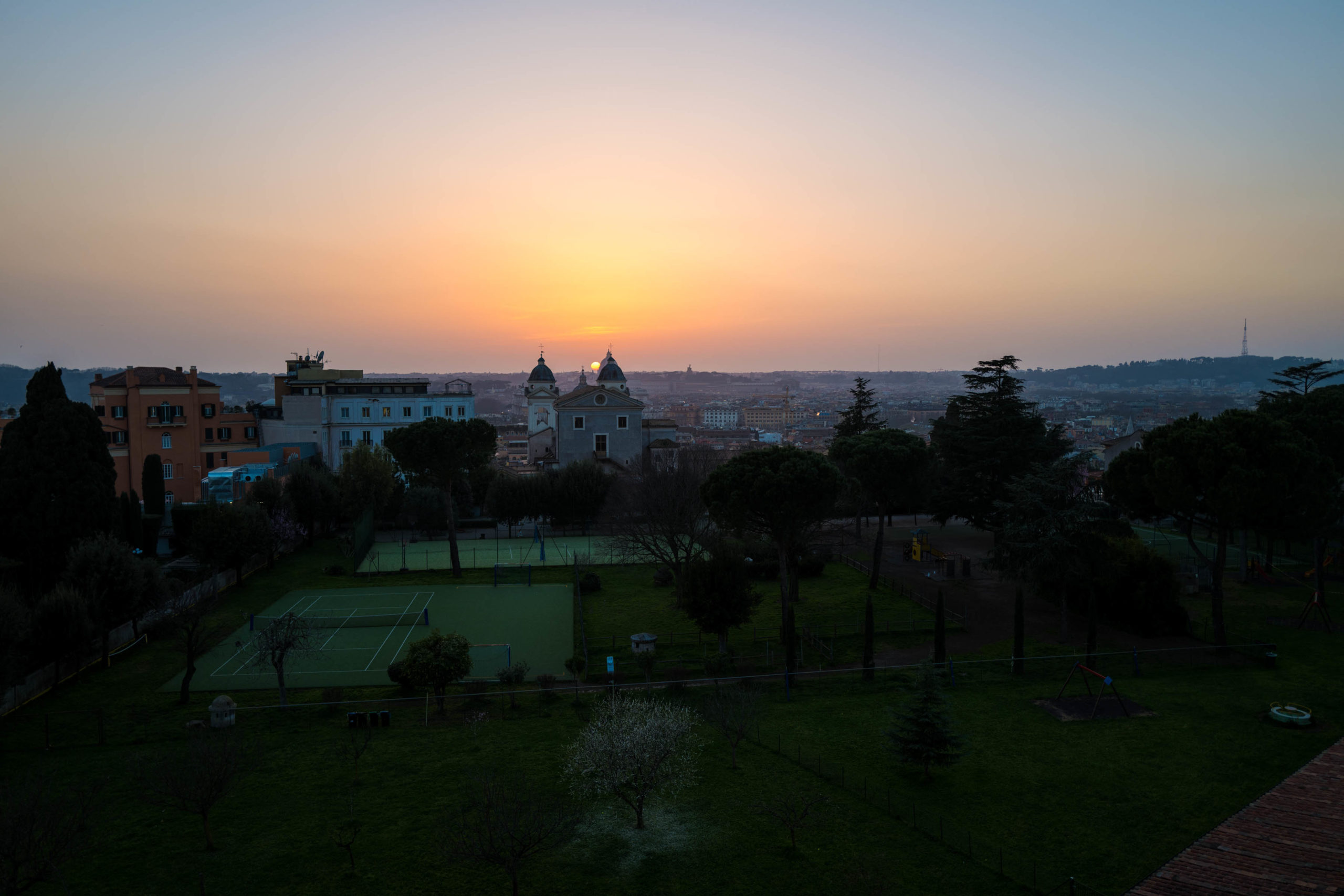 Rooftop views of the sunset at Hotel Eden Rome, The Taste Edit #hotel #rome #italy #sunset
