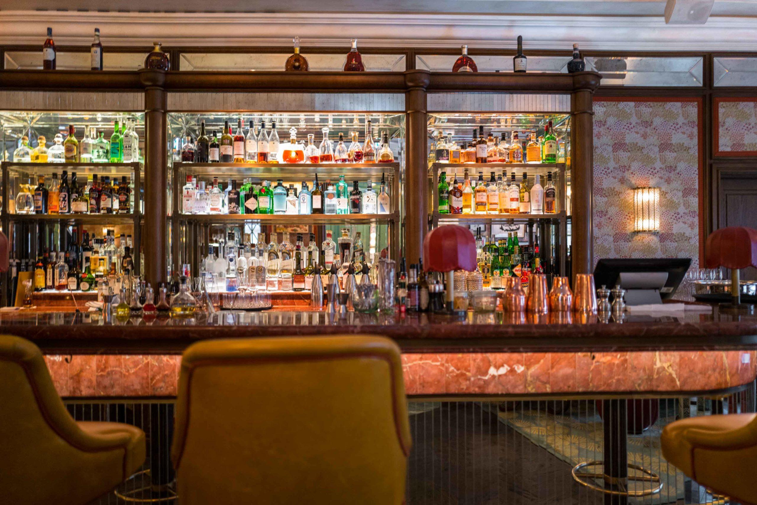 Baur's Bar and Restaurant at Baur au Lac Luxury Zurich Hotel #switzerland #hotel #bar